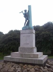 Jack_Crawford_statue