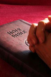 Bible-706641 James Chan Pixabay