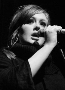 800px-Adele_-_Live_2009_(4)_cropped